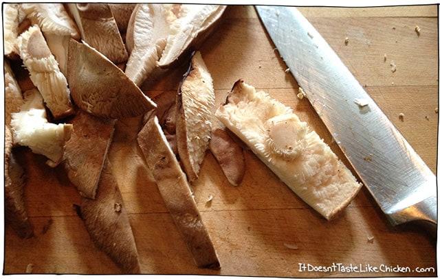 chop-mushrooms-vegan-risotto