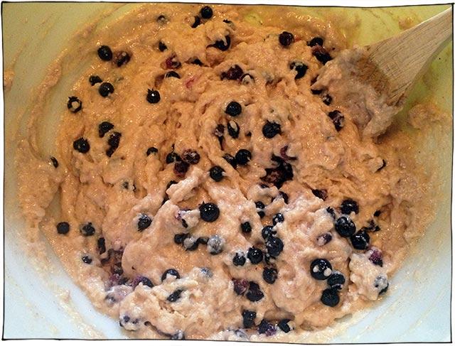 vegan-blueberry-cupcakes