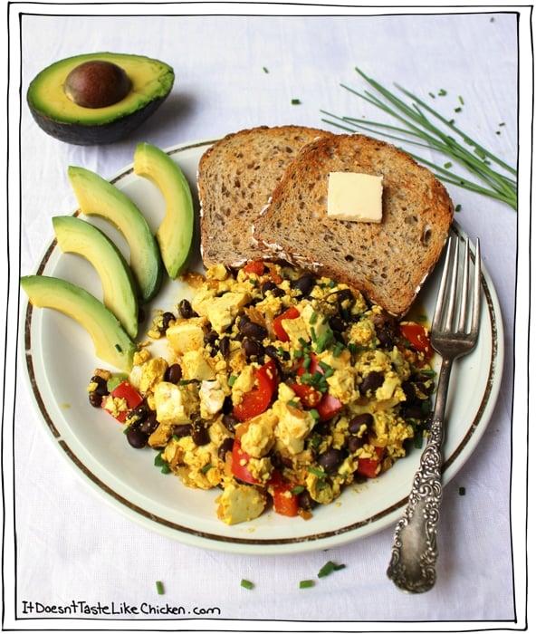 Tofu Scramble: Breakfast of (vegan) Champions • it doesn't taste ...