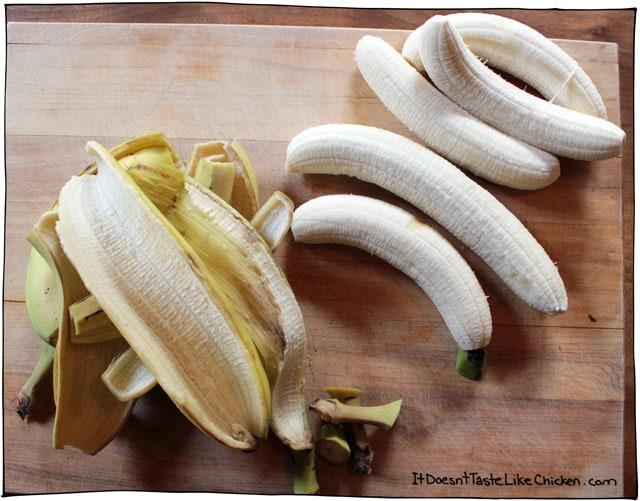 peel-green-bananas-for-porridge