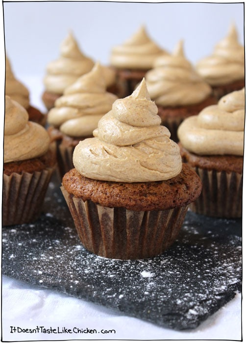 gingerbread-cupcakes-vegan-christmas