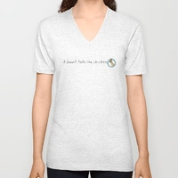 it-doesnt-taste-like-chicken_vneck-tshirt