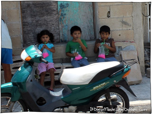 kids-with-pink-slushies