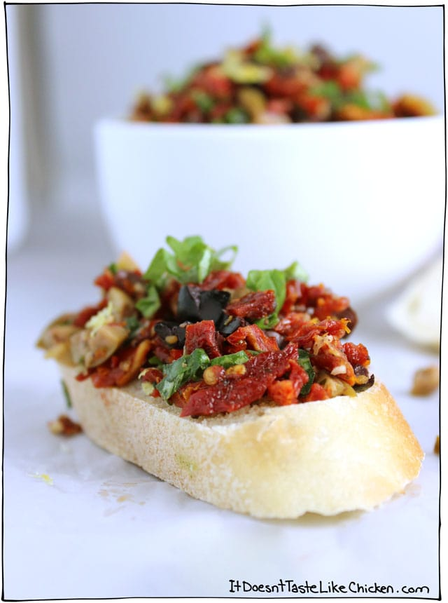 Olive-and-Sun-dried-tomato-rustic-tapenade-1