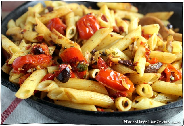 tomato-tapenade-and-pine-nut-pasta-2
