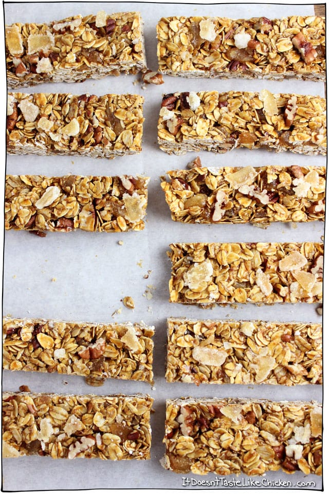 Molasses & Ginger Chew Granola Bars! The spicy and sweet candied ginger, the full and seasonal flavour of molasses, the soft pecans, and the chewy caramel coated oats make one might fine bar. Vegan, gluten free, and skip the pecans for a nut free option. #itdoesnttastelikechicken