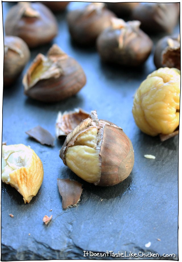 How to Roast Chestnuts (without an open fire)! This method is quick and easy. Chestnuts are now one of my favourite healthy holiday treats! #itdoesnttastelikechicken