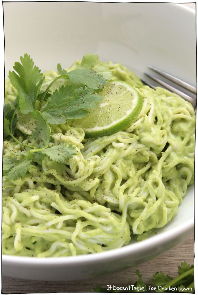 Creamy Vegan Cilantro Lime Noodles! Just 15 minutes to make! So quick and easy, and made with ingredients you probably already have on hand. Gluten free and oil free. #itdoesnttastelikechicken