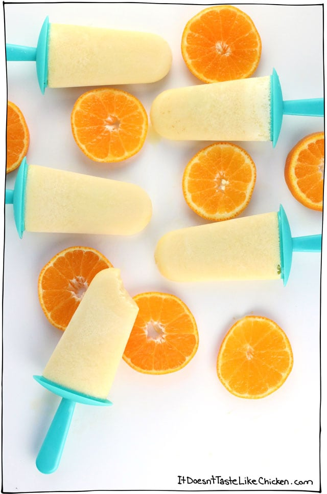 5 Minute Vegan Creamsicles (plus freezing time). Only 4 ingredients to make these popsicles. The perfect orange cream summer treat and they are actually pretty healthy too! #itdoesnttastelikechicken