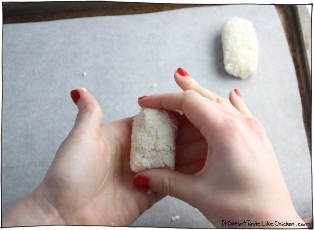 Easy Vegan Coconut Mounds! So easy to make and no baking is required. Makes a great gift (if you are willing to be that generous). Dairy free bounty bars. #itdoesnttastelikechicken