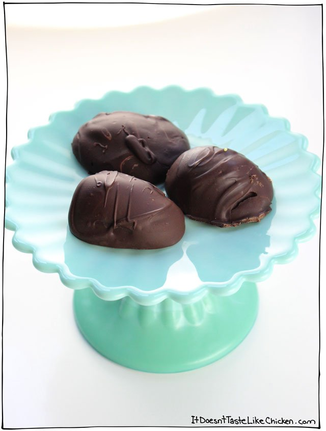 Vegan Chocolate Creme Eggs. The perfect DIY candy recipe for Easter! Just like Cadbury but better. Dairy-free homemade dessert. #itdoesnttastelikechicken