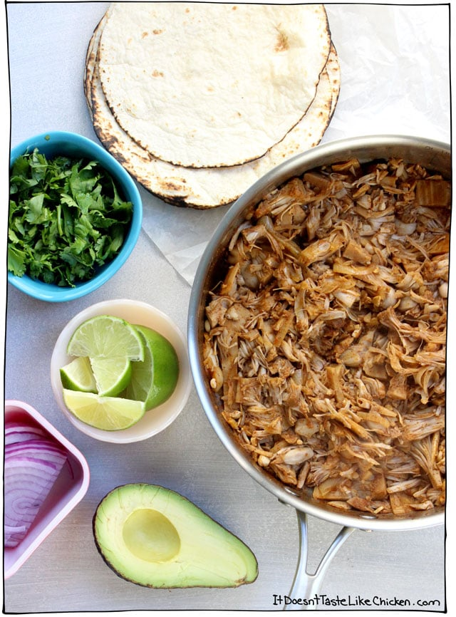 Easy vegan jackfruit tacos it doesnt taste like chicken easy vegan jackfruit tacos takes just 25 minutes to whip up for a perfect weeknight forumfinder Image collections