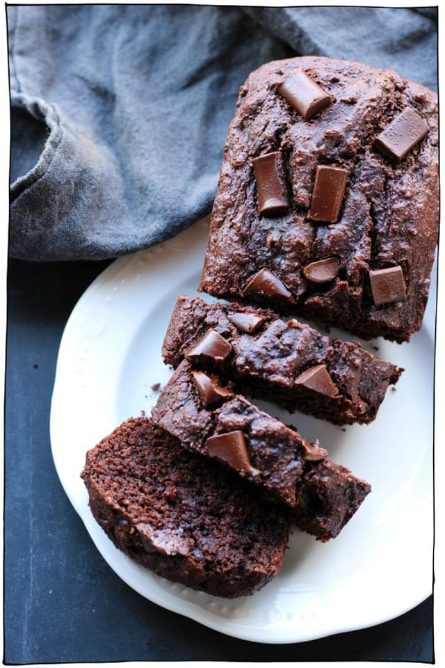 30 Super Chocolatey Vegan Chocolate Recipes. Everything from cakes, brownies, cookies, ice cream, fudge, crepes, mousse, and cheesecake. All dairy-free desserts. #itdoesnttastelikechicken