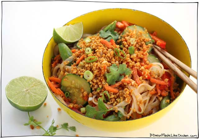 Cold Noodle Bowl with Sriracha Peanut Crumble • it doesn't ...