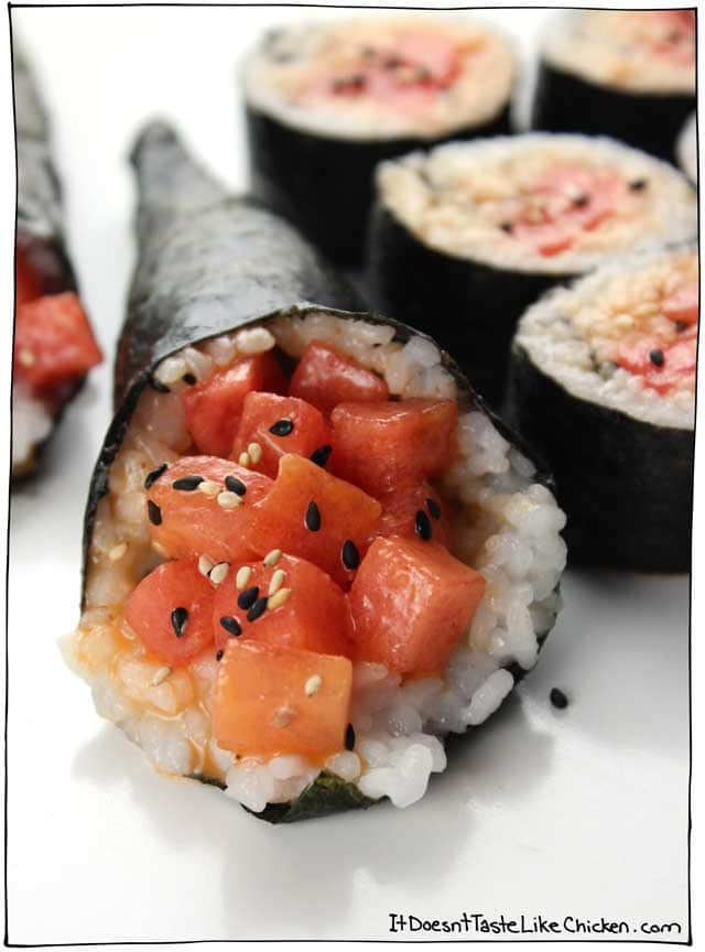 That isn't spicy tuna, it's watermelon!! This spicy watermelon vegan sushi is the perfect combo of sweet and savoury. Quick and easy to make. #itdoesnttastelikechicken