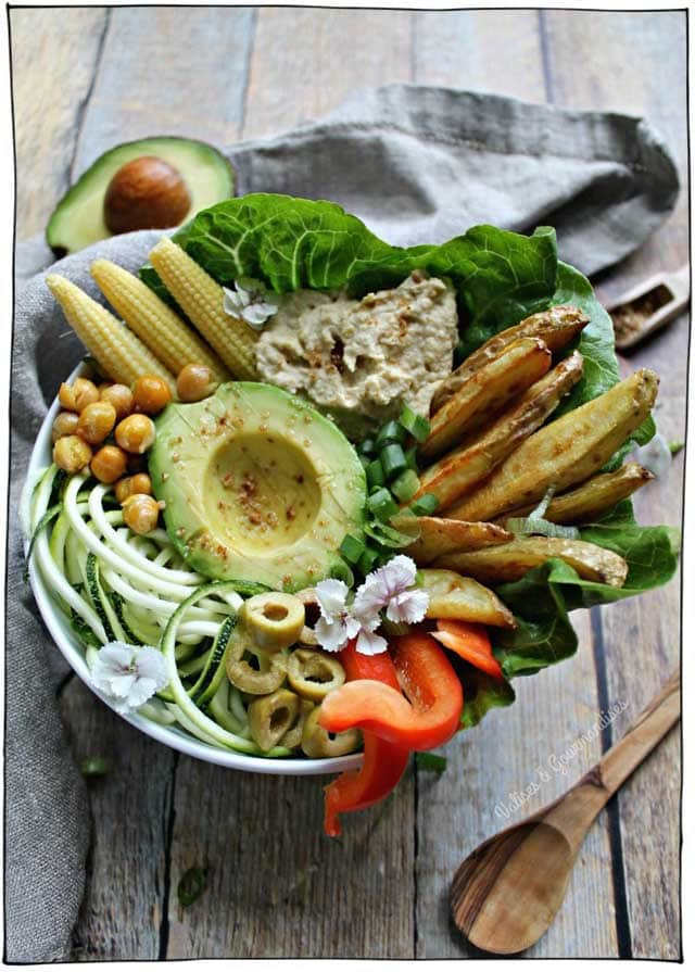 25 Vegan Cold Summer Meals (that require very little to no cooking). Perfect for those hot summer days when you want to spend as little time in the kitchen as possible! #itdoesnttastelikechicken
