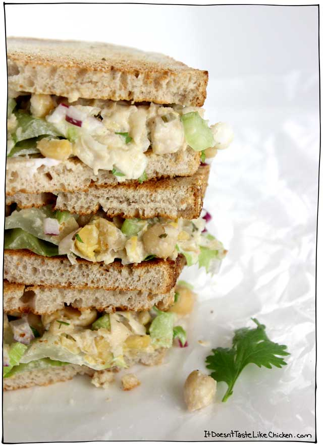 Creamy, zesty easy-to-make vegan ranch dressing takes this sandwich to the next level! Vegan Ranch Chickpea Sandwich. Perfect for work or school. Vegetarian, dairy-free, egg-free, gluten-free. #itdoesnttastelikechicken
