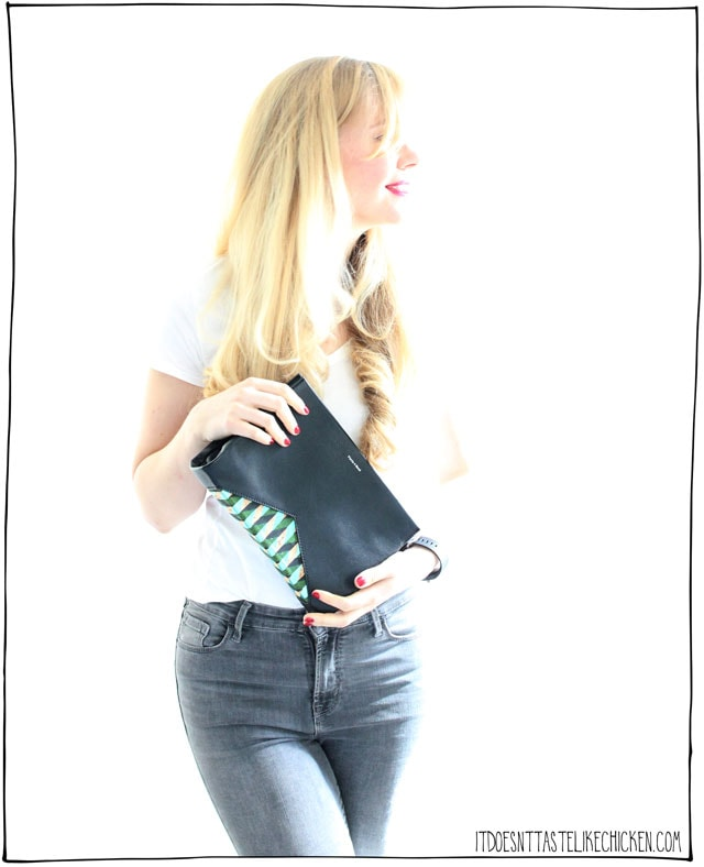 Pixie Mood Vegan Purse Giveaway!!! Enter for a chance to win a vegan purse of your choice. #itdoesnttastelikechicken