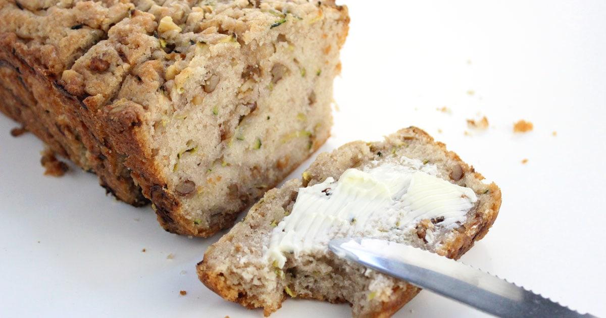 Easy Vegan Zucchini Bread It Doesn T Taste Like Chicken