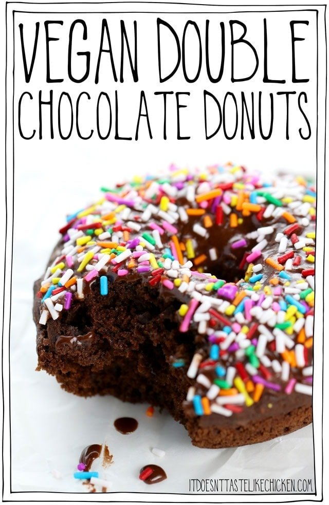 Vegan Double Chocolate Donuts! The best baked chocolate donuts recipe that take only 30 minutes to make. Top your chocolate donuts with sprinkles, chopped nuts, or leave them plain. #itdoesnttastelikechicken #veganrecipes #vegandesserts #donuts