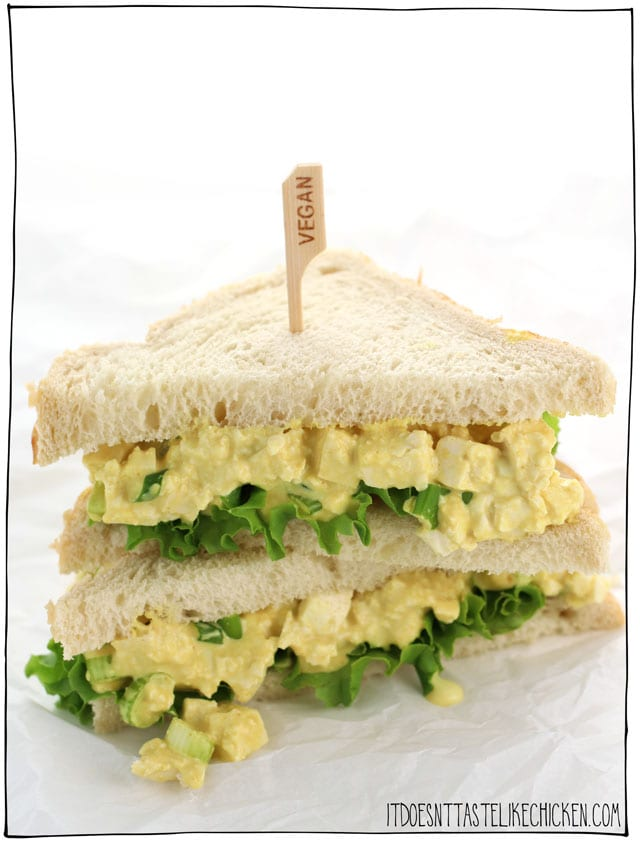 This vegan egg salad sandwich takes only 10 minutes to make and it tastes just like eggs! Perfect for a quick lunch. Make this salad ahead of time for meal prep. #itdoesnttastelikechicken #veganrecipes #eggfree
